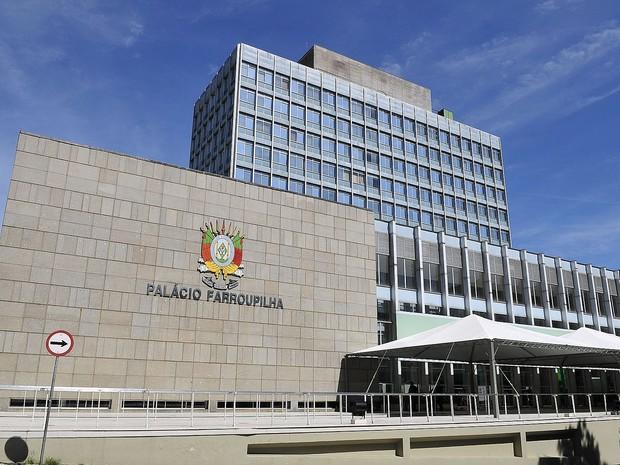 Governo do RS protocola regime de urgência e reabre debate sobre previdência de militares
